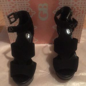 GB by Gianni Bini Black Embellish Wedge Sandals